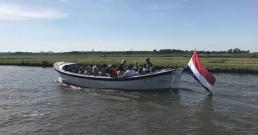 groepsuitjes op het water